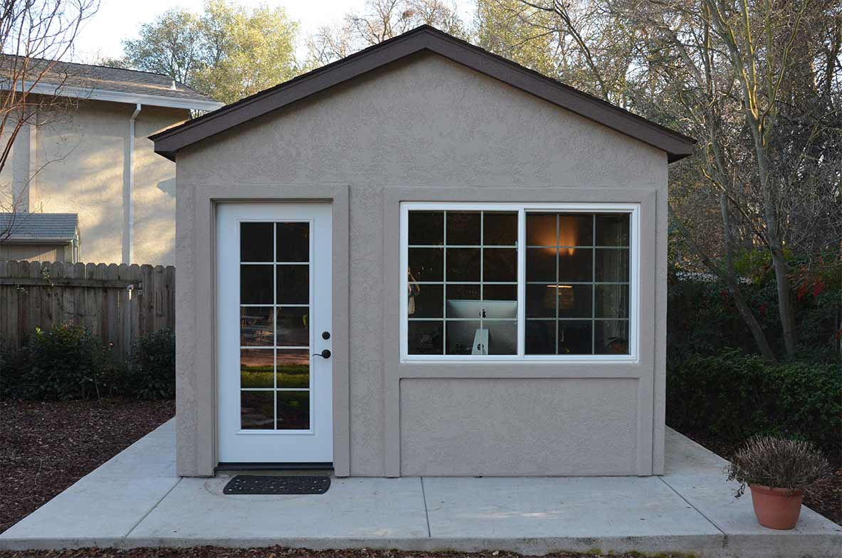 Down To Business With This Backyard Office Tuff Shed